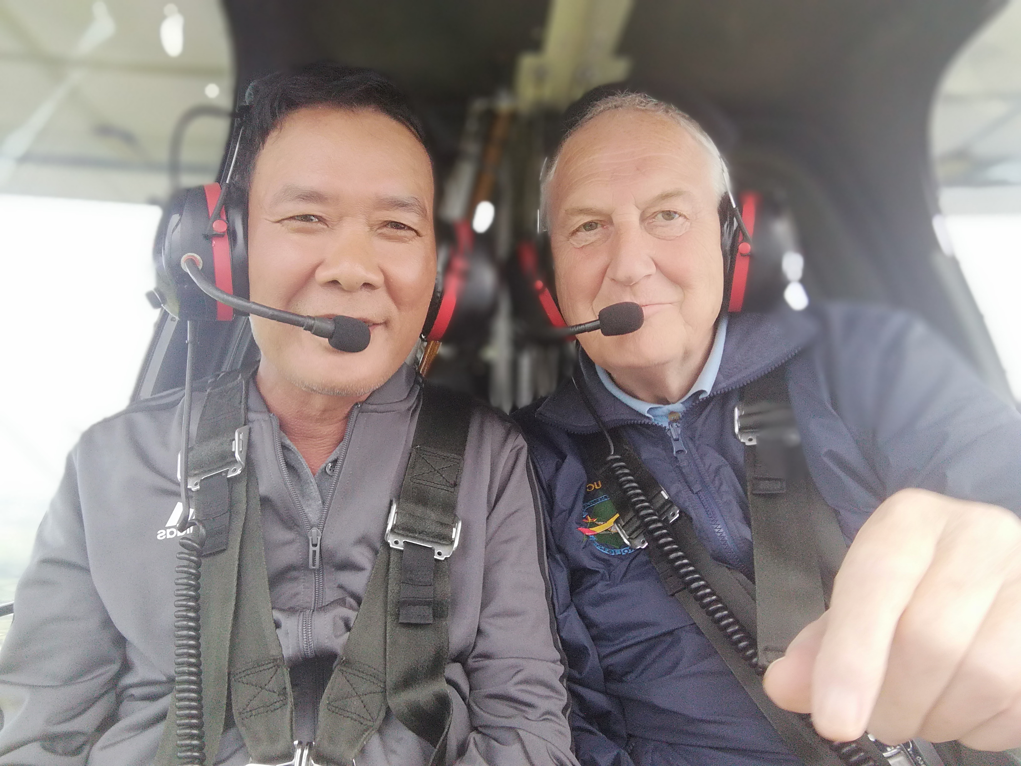 Visitor from Vietnam experiences Microlighting